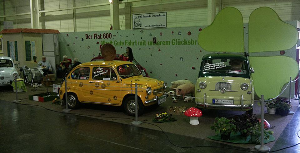Der Stand der Fiat 600 Freunde in Halle 6.1