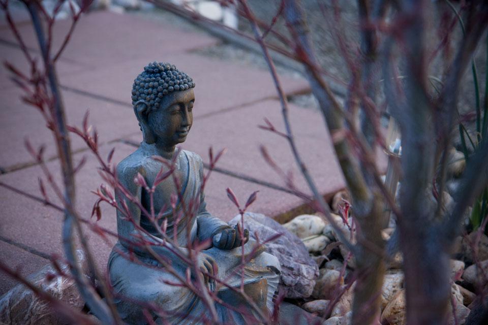 Ein weiterer Buddha tief in Meditation.