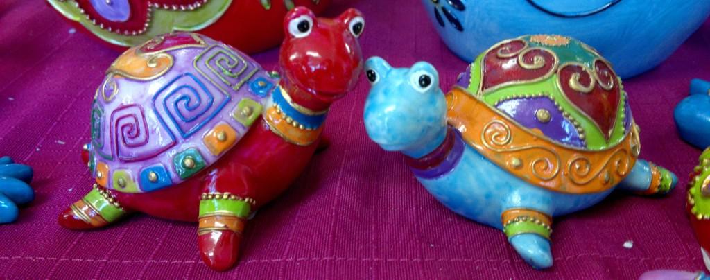Zwei Schildkröten mit viel Liebe und Farbe!