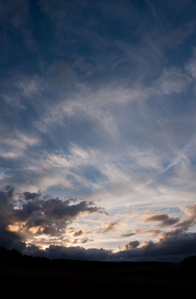 Dicke Wolken und zarte Fetzen...