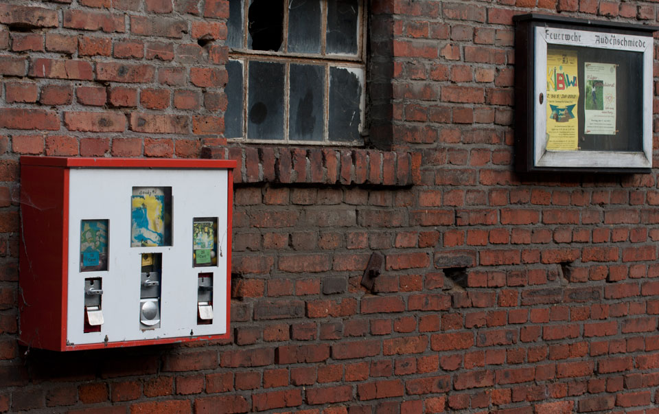 Passt zur Wand – der Dreifach-Automat in Audenschmeide