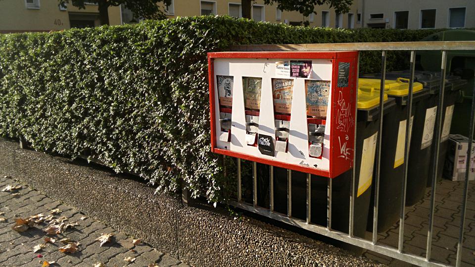 Ein Kaugummiautomat in Frankfurt am Main.