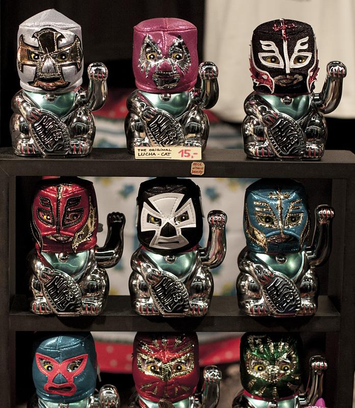 Winke-Lucha-Cats.