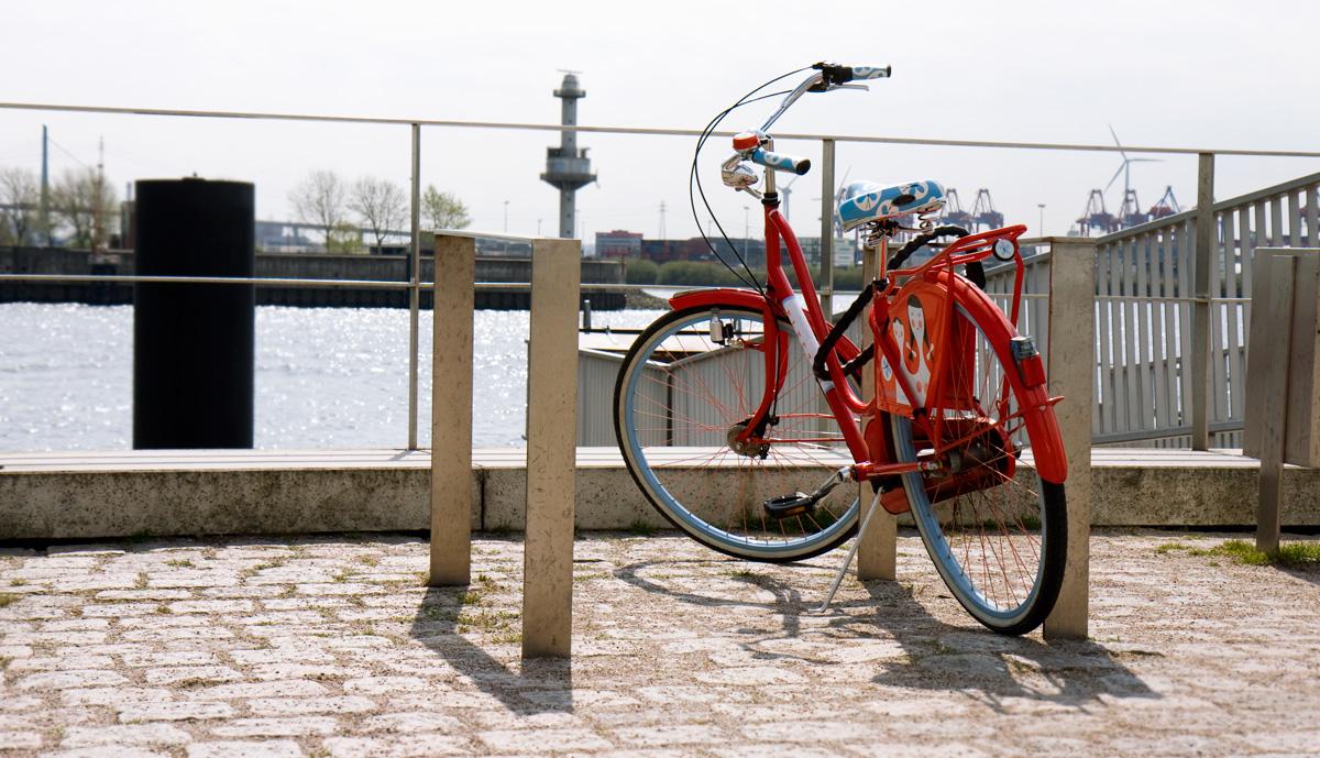 Rotes Fahrrad – Docklands.