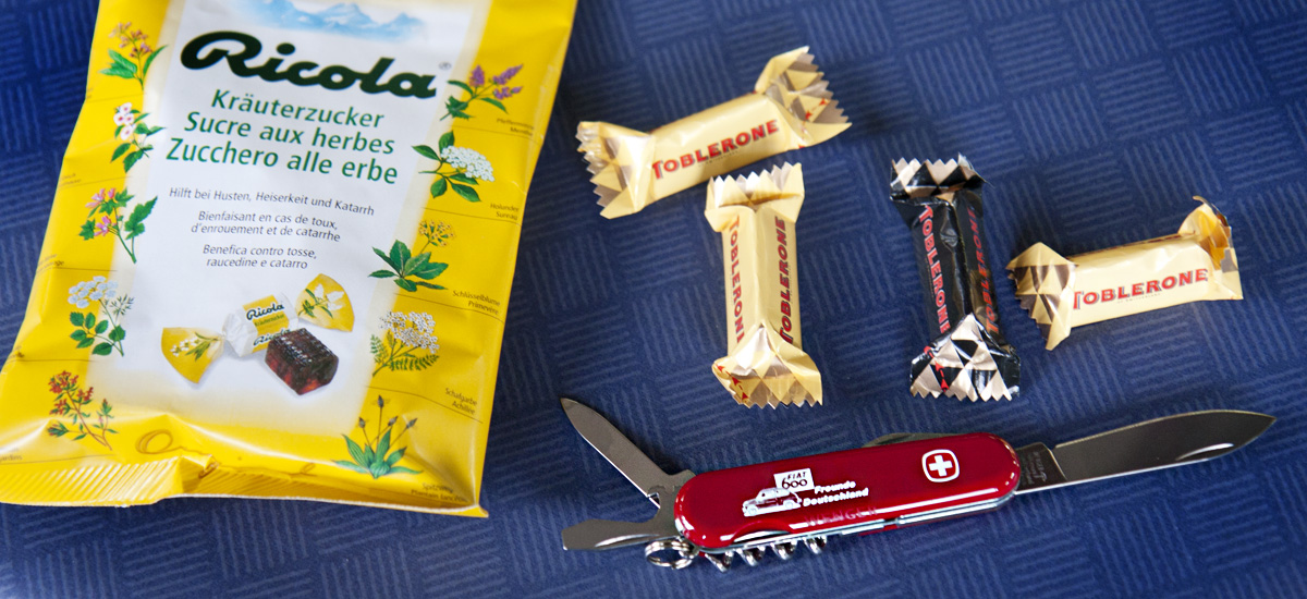 """Gutes aus der Schweizer Tüte: Ricola """"Wer hats erfunden?"""", Toblerone und –klar– ein Schweizer Taschenmesser!"""