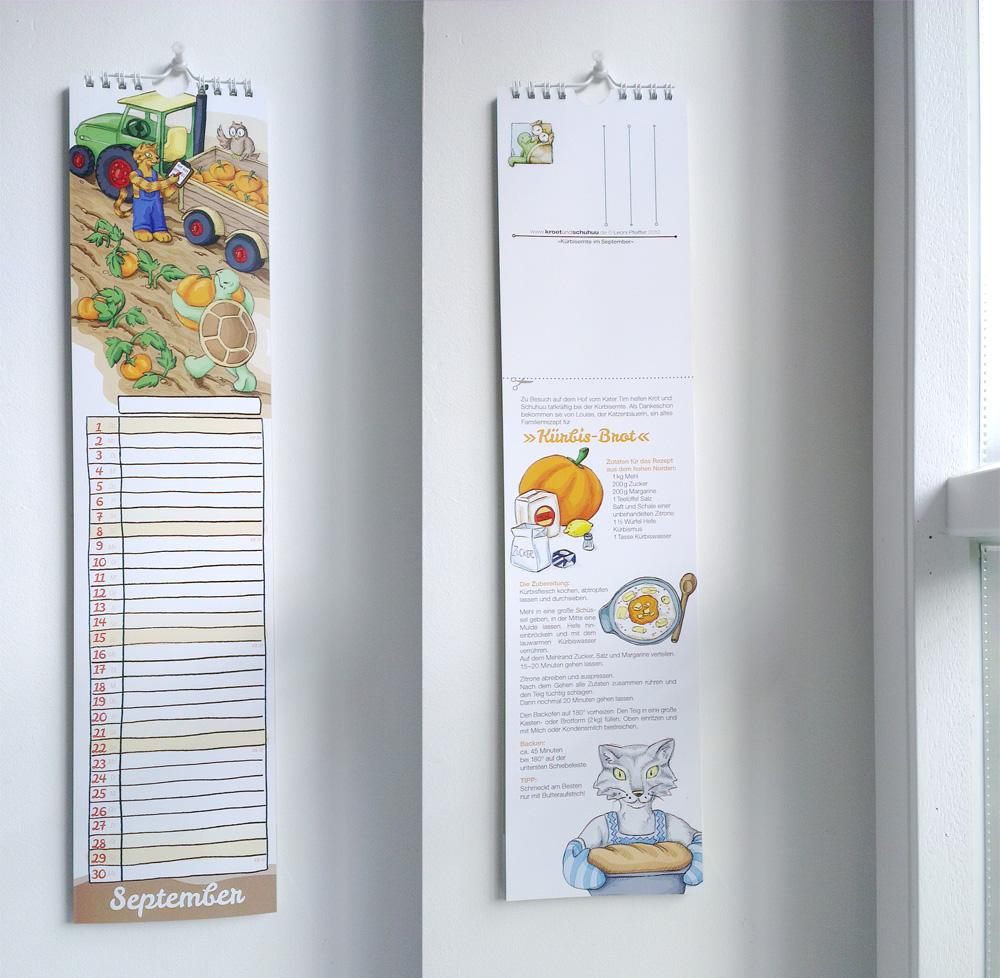 Vorderseite des Kalenders mit langem Kalenderium für die ganze Familie und Rückseite mit Postkarte und -in diesem Monat- einem Rezept.