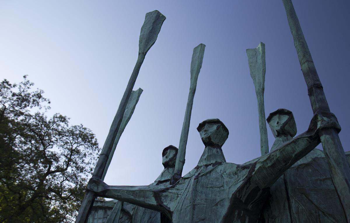 Die Fischer – Skulptur am Altonaer Balkon.