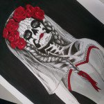 La Catrina wears red roses in her hair. Copic Multiliner und Stylefile Marker.