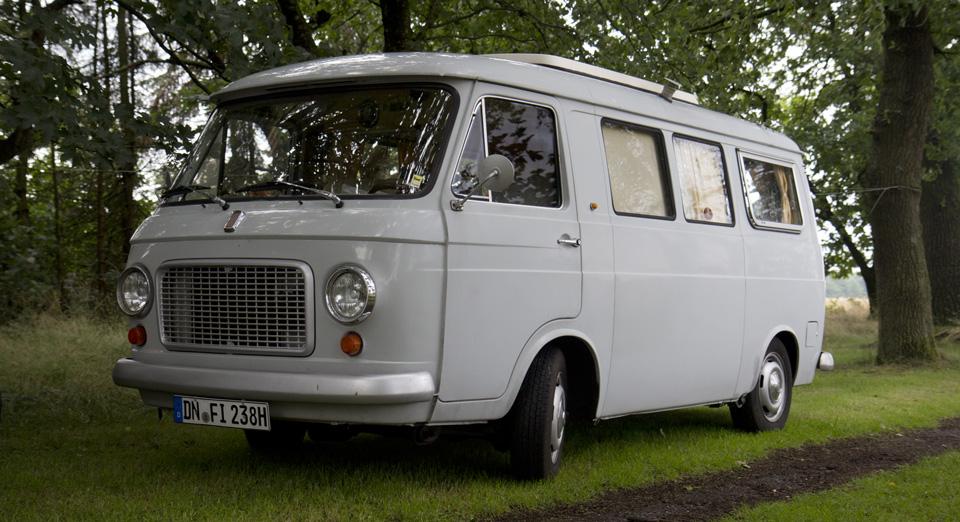 Große Freunde sind auch gern gesehen: Fiat 238