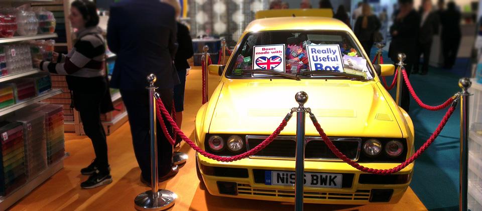 Lancia Delta Integrale - gefüllt mit unzähligen Really Usefull Boxes