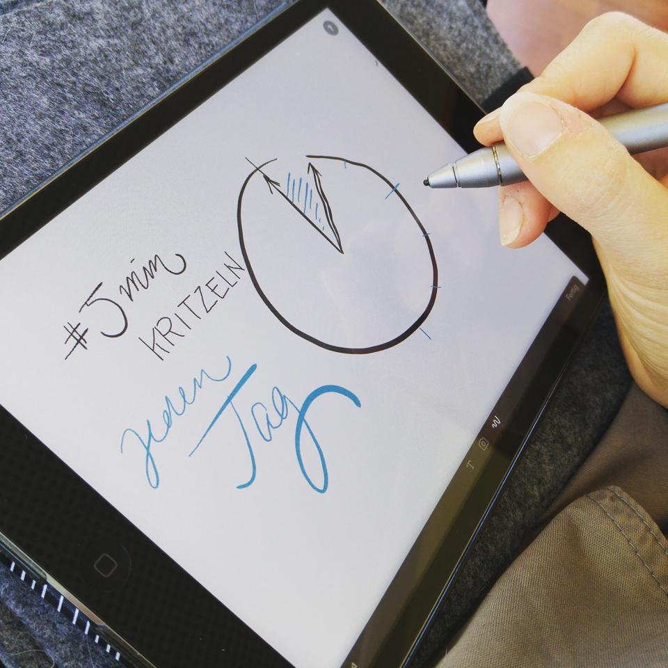 #5minKritzelei – Digital auf dem iPad klappt's noch nicht so gut wie mit Papier und Stiften.