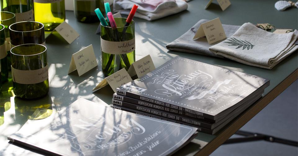 Handlettering - Die Kunst der schönen Buchstaben erschienen beim frechverlag.