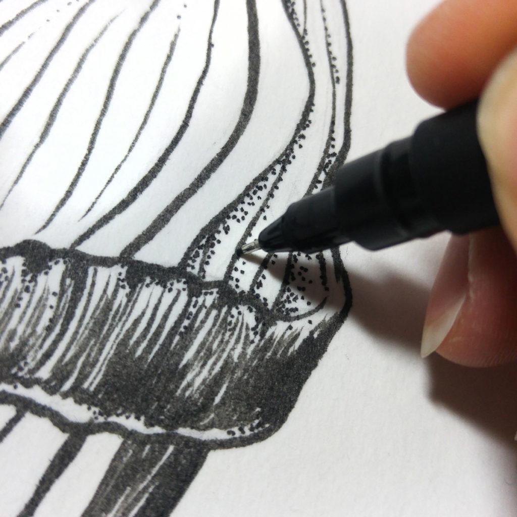 """Nach dem Pinselstift mit Tusche ist der Fineliner für viele kleine """"Dots"""" gefragt."""