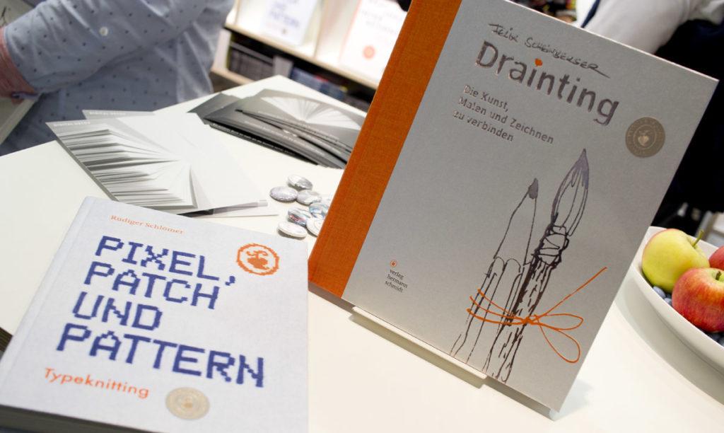 """""""Pixel, Patch und Pattern"""" und """"Drainting"""" im Verlag Hermann Schmidt erschienen."""