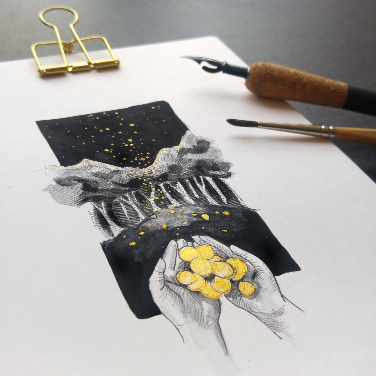 Die Tuschezeichnung verfeinert mit schwarzer Gouache und goldener Tusche.
