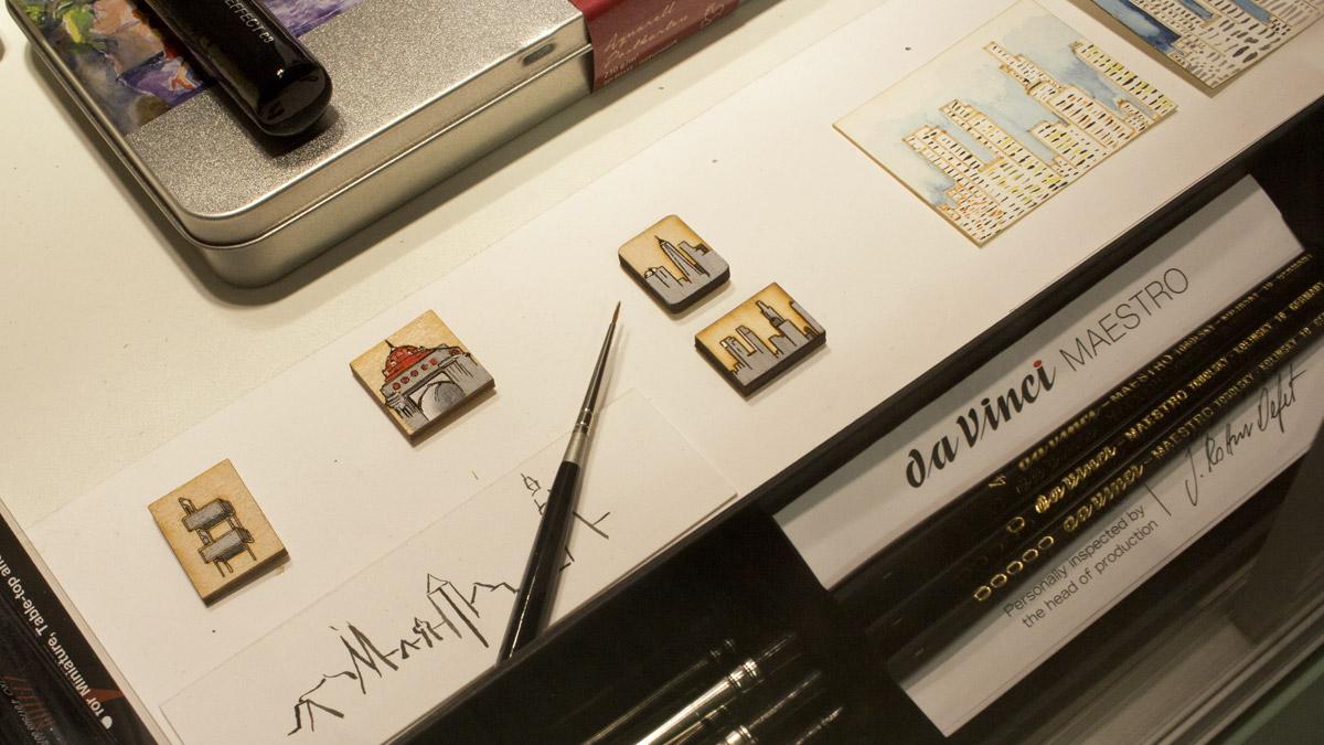 Miniaturbilder mit den passenden Pinseln von Da Vinci.