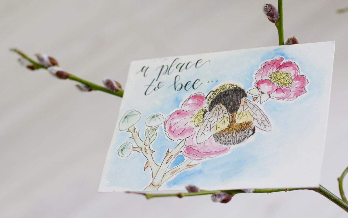 """Tamara schreibt auf ihrer Karte, dass es sogar in den Holländischen Dünen """"A place to Bee"""" gibt mit wilden Brombeerhecken."""