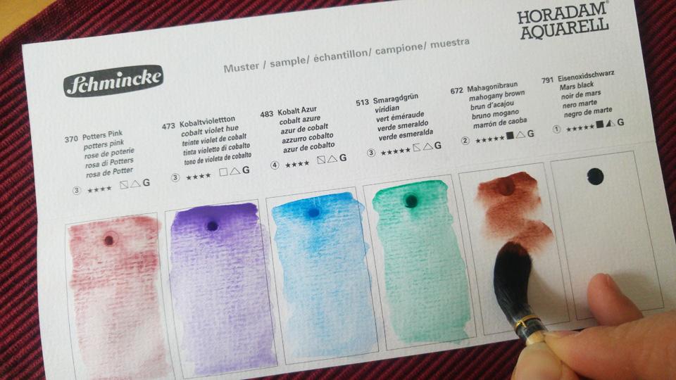 Eine Dot Card von Schmincke Horadam speziell mit granulierenden Farbtönen.