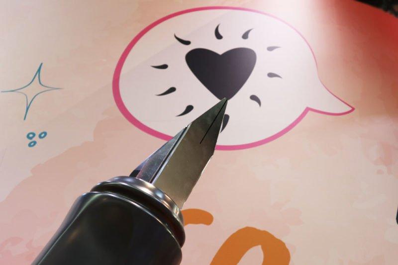 Ein Herz fürs Schreiben: Stabilo.
