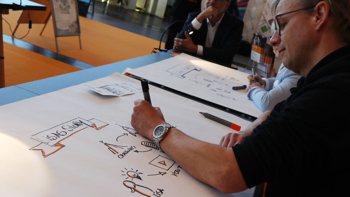 Graphic Recording Workshop auf der Insights-X mit Benjamin Felis