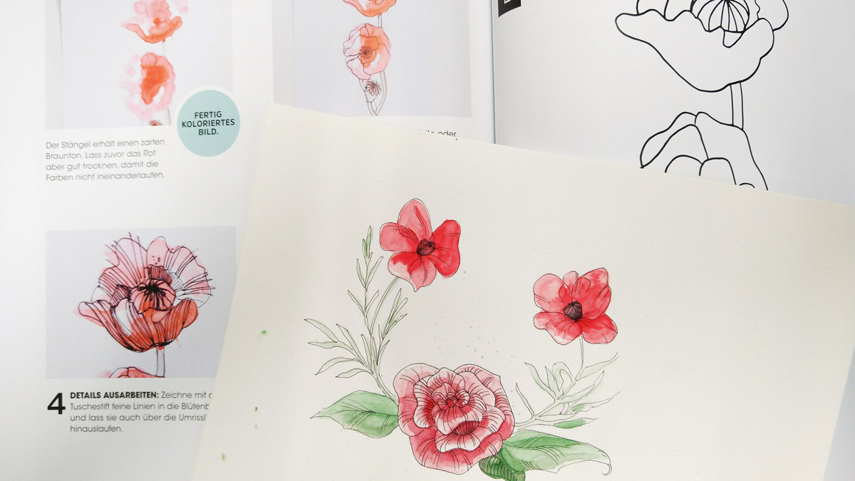 Blumenkranz mit einer Linienstruktur in den Blütenblättern.