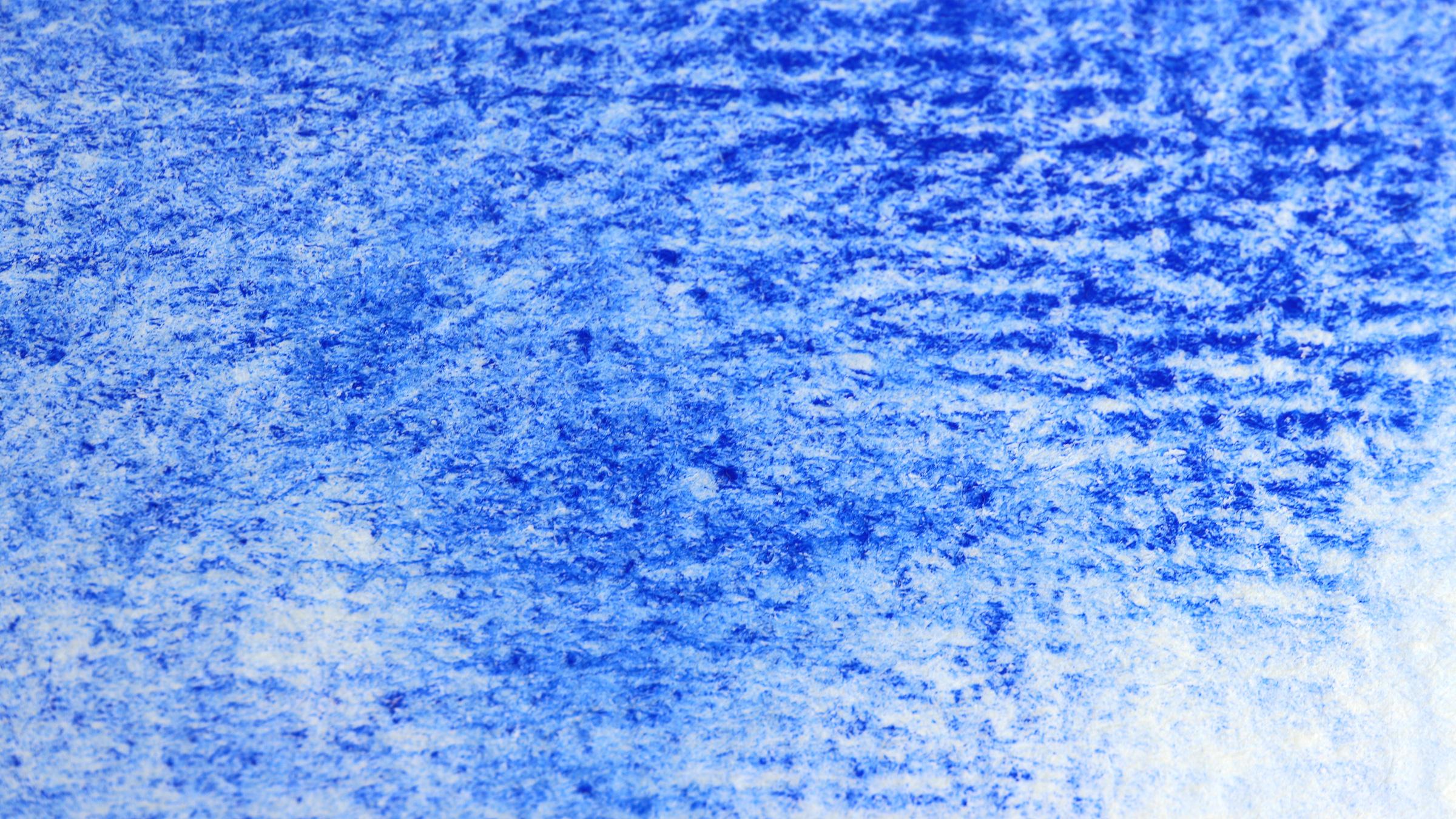 Granulierende Aquarellfarbe – Schmincke Ultramarin Blau Französisch: Starke Granulierung auf rauem Echt-Bütten Aquarellpapier (high granulation on rough watercolourpaper)