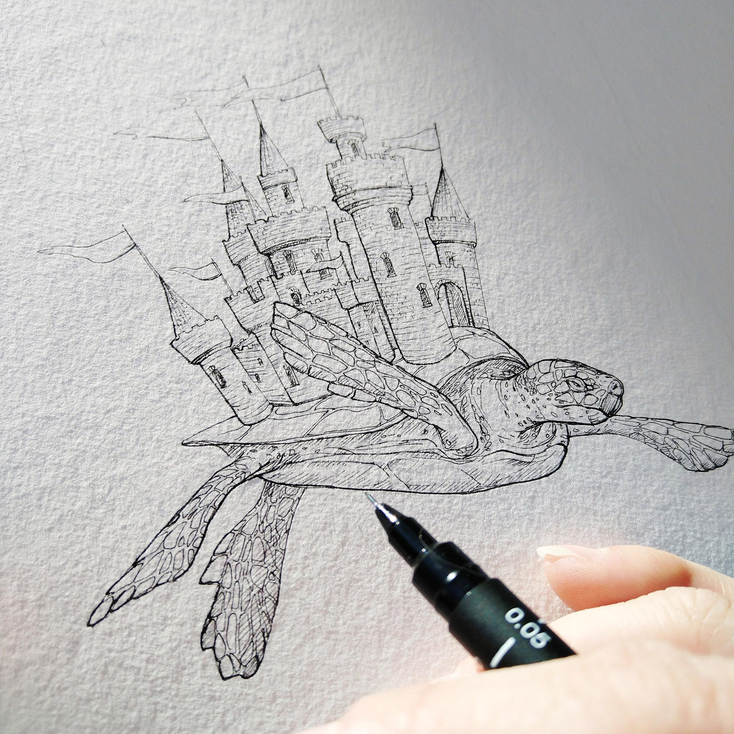 Zeichnung der schwimmenden Meeresschildkröte mit Fineliner auf recht rauem Aquarellpapier.