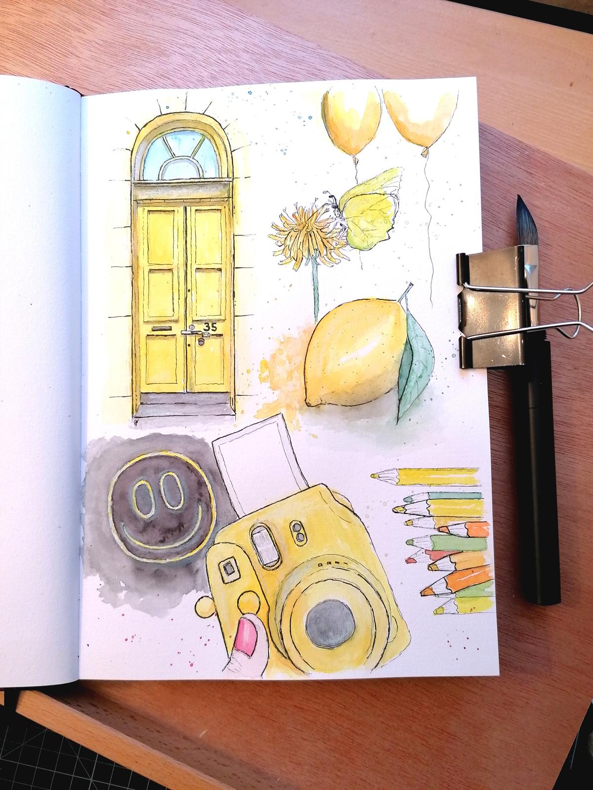 Eine Skizzenbuchseite gefüllt mit gelben Motiven.