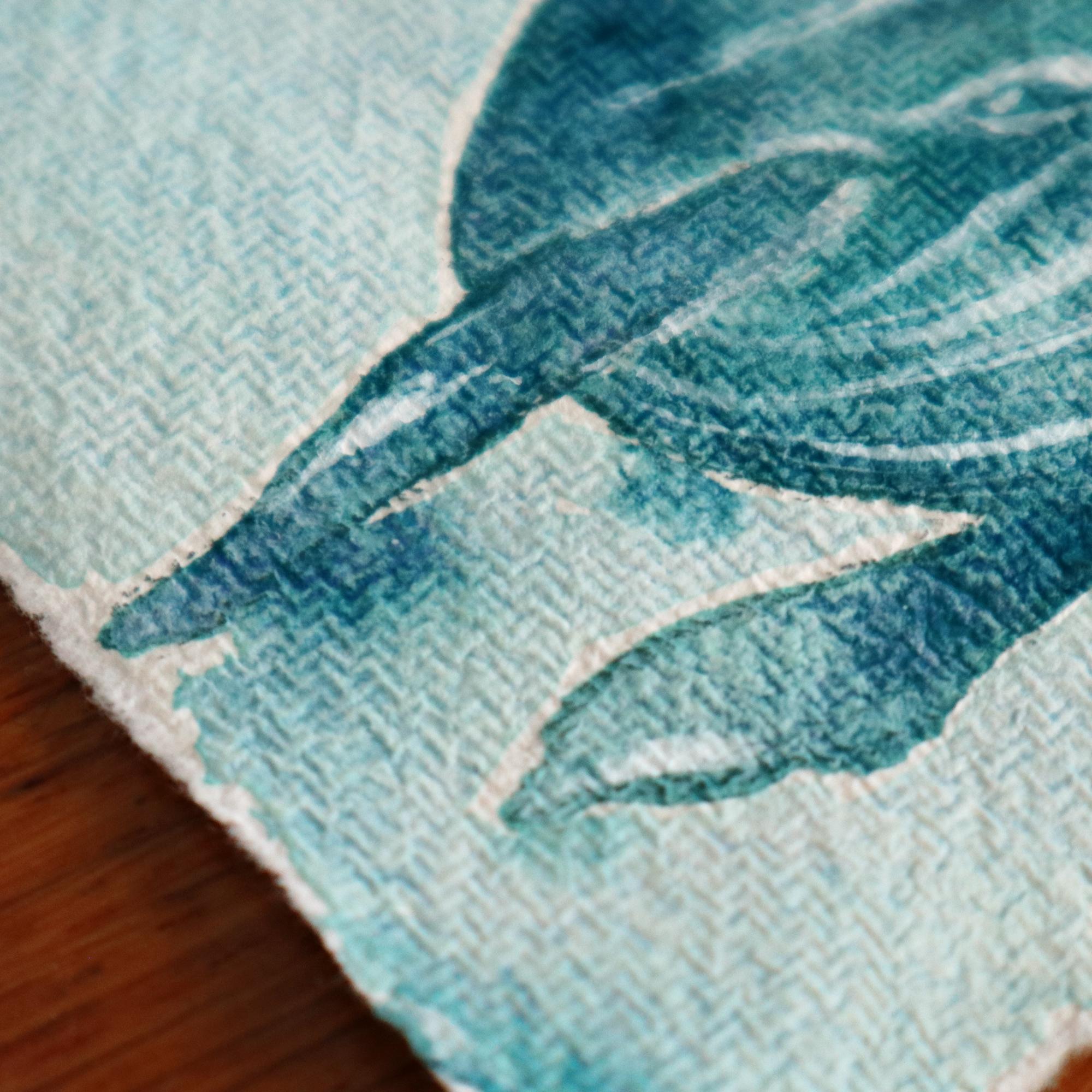 Die raue Oberflächenstruktur des Handgeschöften Echt Bütten Papiers hat es selbst den supergranulierenden Aquarellfarben nicht ganz leicht gemacht.