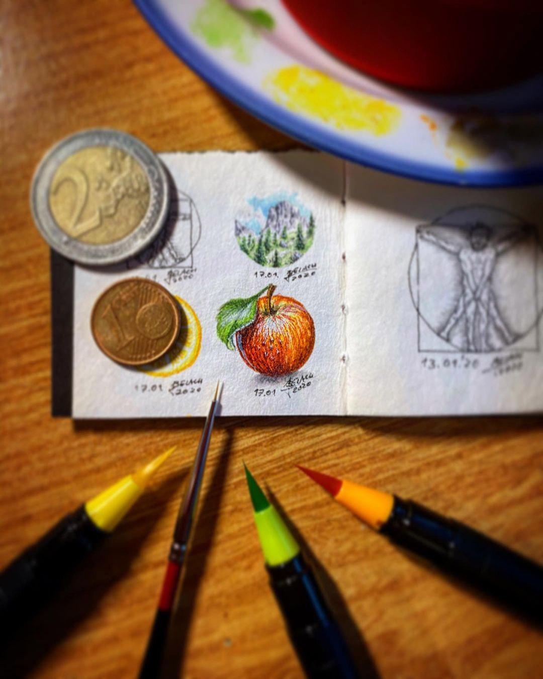 Mini-Skizzenbuch mit Miniatur-Zeichnungen von Johannes.