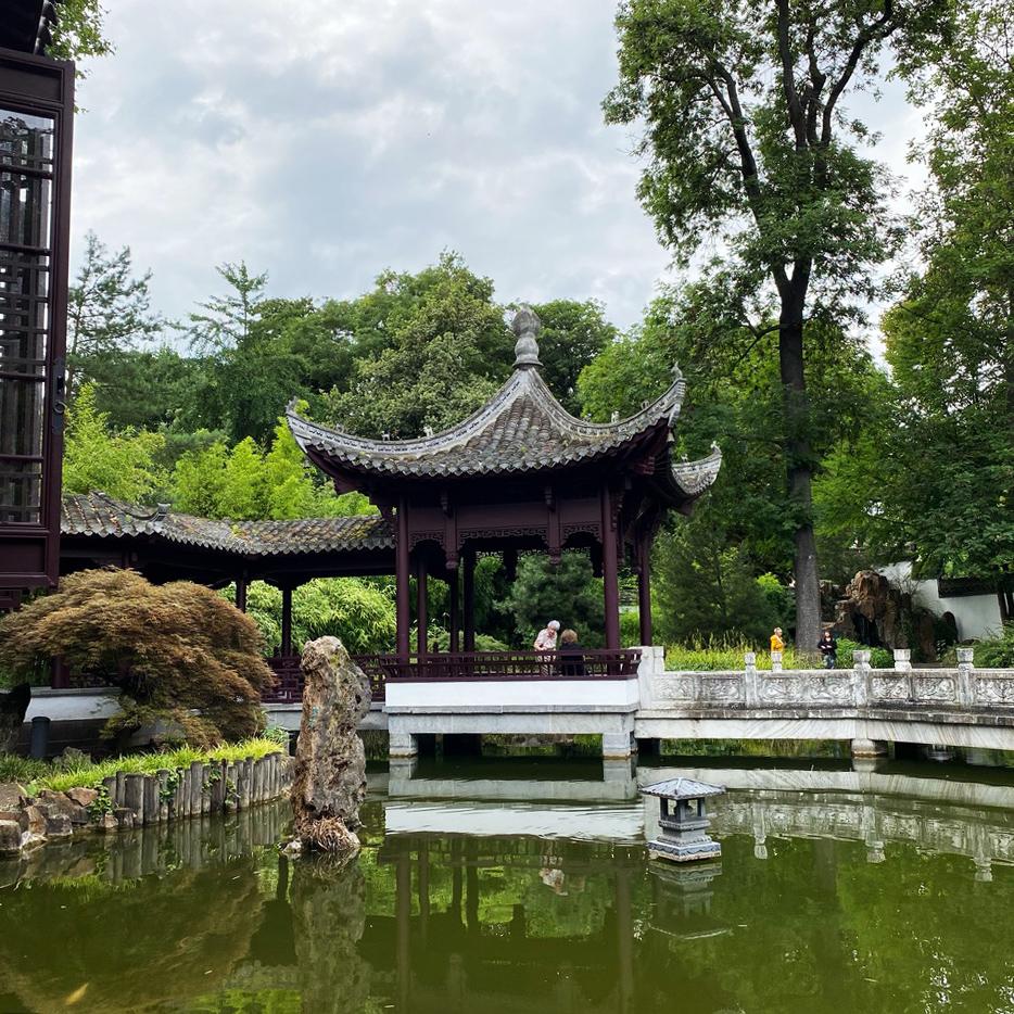Der Wasserpavillon im Bethmannpark war das Ziel des Mittwochs-Treffens der Urban Sketcher Rhein-Main.